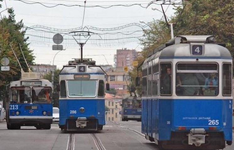Історичні довідки про нові назви зупинок звучатимуть у вінницькому транспорті