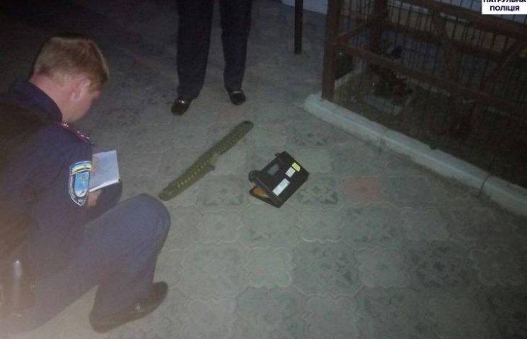Шість миколаївців здійняли стрілянину через собаку