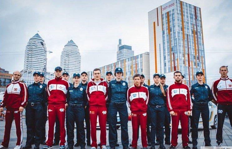 Дніпропетровські спортсмени та аматори тренувалися разом з патрульними