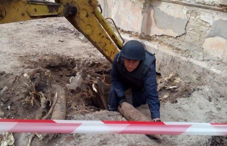 У Миколаєві на будівництві знайшли снаряд