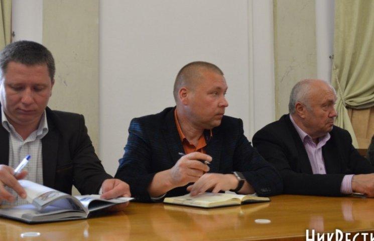 Миколаївським перевізникам мало чотирьох гривень за проїзд в маршрутках