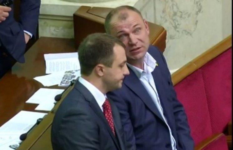 """Всі миколаївські нардепи проголосували за """"пролуценківський"""" закон"""