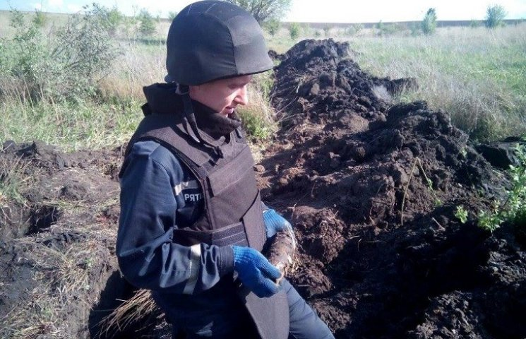 На Хмельниччині знайшли 11, та ще виявили 31 снаряд часів Другої світової