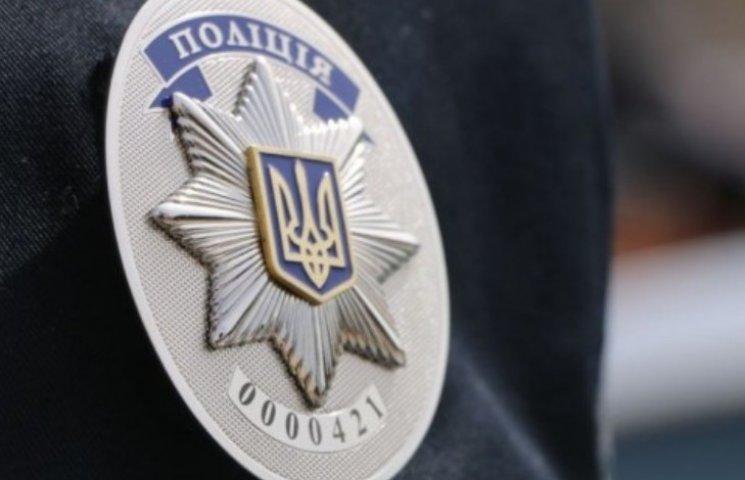 """Миколаївські копи впіймали """"ювілейне"""" авто з підробними документами"""