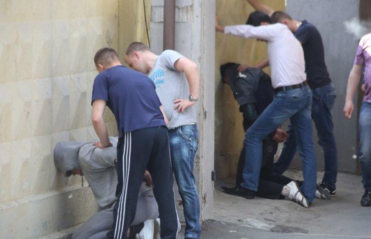 Как столичные полицейские со стрельбой задерживали похитителей людей