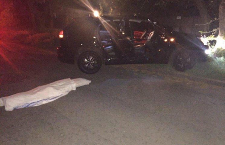 В Одесі розстріляли автомобіль. Вбили правозахисника