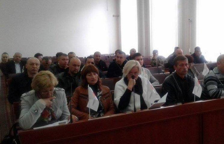 У Вінницькій райраді оголосили не того депутата