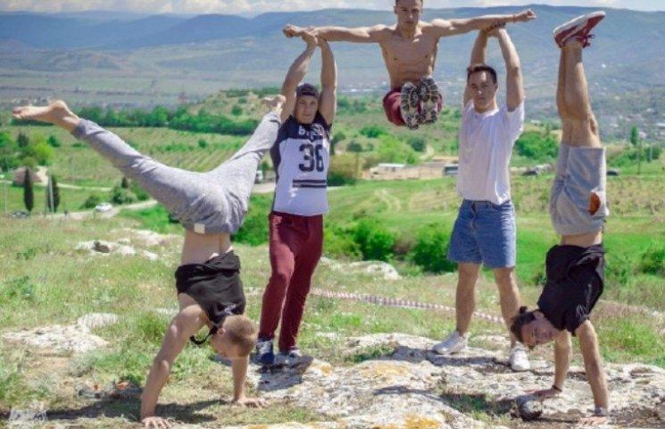 """""""Это не Украина"""", - николаевская команда Workout поехала на гастроли в Крым"""