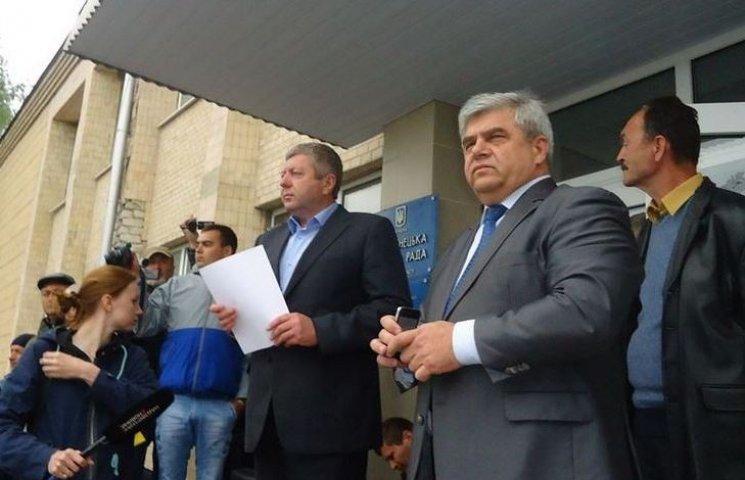 Депутати Тростянецької райради вирішать долю курників на наступній сесії