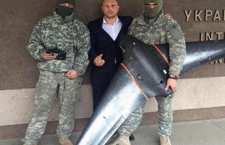 """Бійці """"Дніпра-1"""" шукатимуть наркоторговців з безпілотників"""