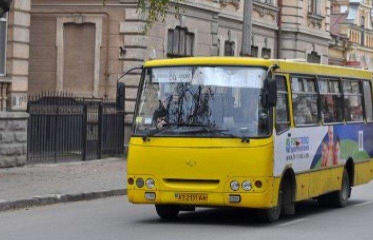 Чернівецькі перевізники погрожують пасажирам та міській владі