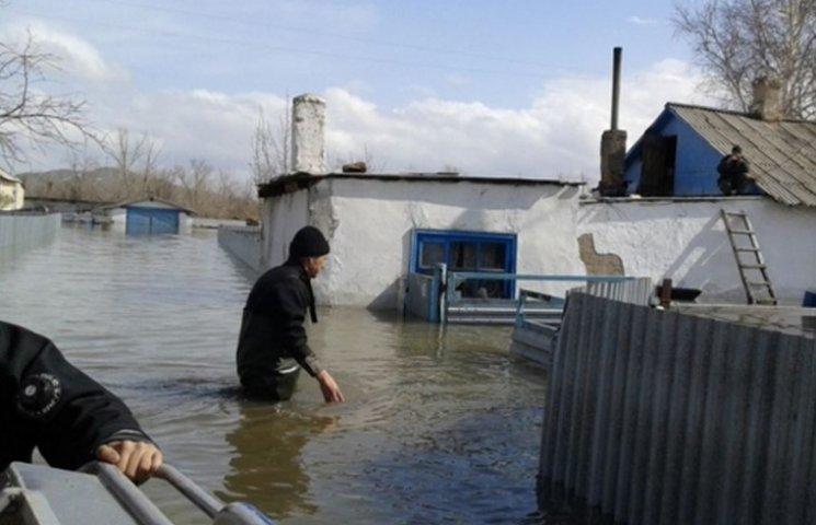 В Піщанському районі затопило городи та підвали