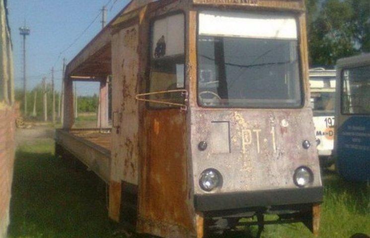 Мешканці Луганська так давно не бачили трамваїв, що ностальгують за ними (ФОТО)
