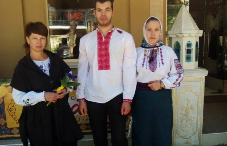 До Дня вишиванок долучився окупований Крим