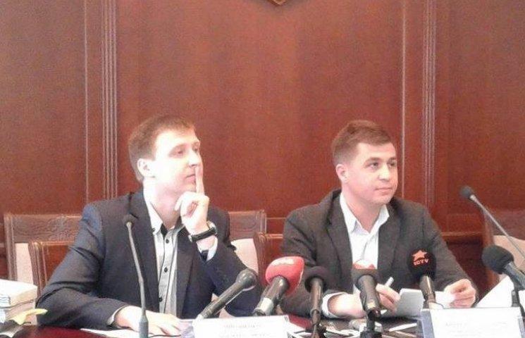 У вінницькій прокуратурі кажуть, що Шевцов - законослухняний громадянин
