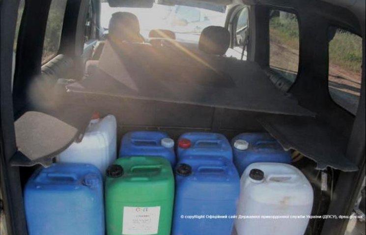 На Одещині молдованин з українцем органцзували канал контрабанди спирту