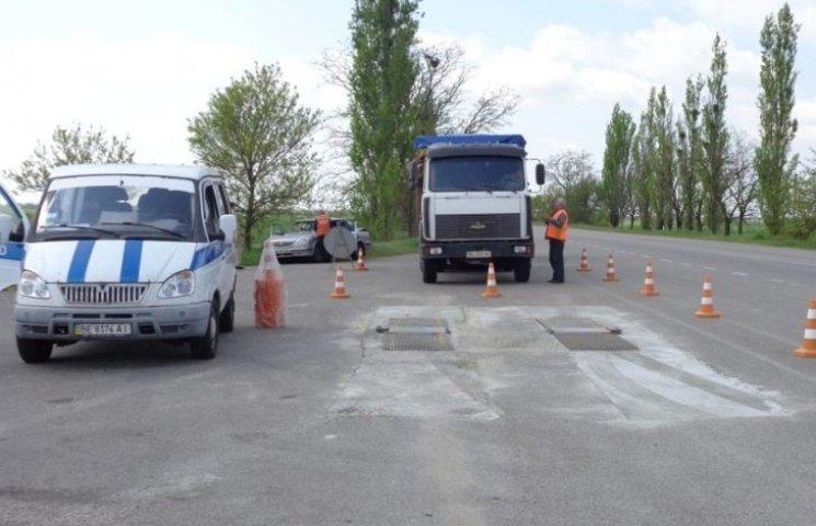На Миколаївщині перевантажені фури отримали 8,5 тис. євро штрафу