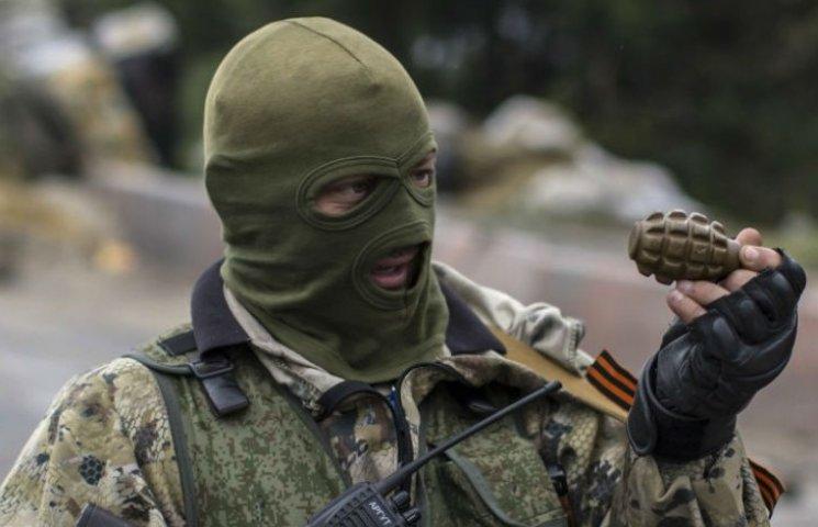 "У Луганську депутат ""ЛНР"" побився з росіянами: у хід пішла граната та стрілянина"