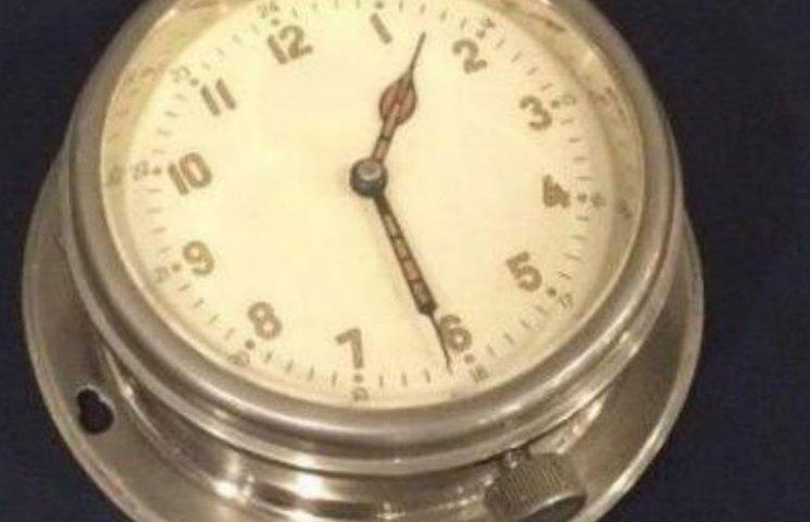 """У """"Борисполі"""" схопили британця з радіоактивним годинником з підводного човна (ФОТО)"""
