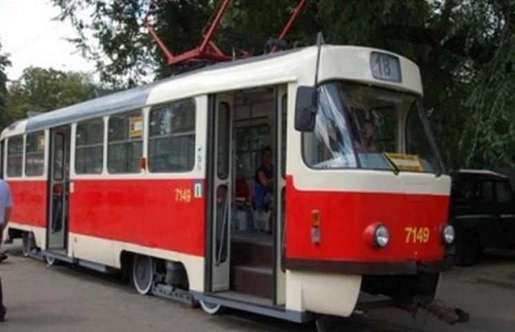 В Одесі через ДТП припинено рух трамваїв