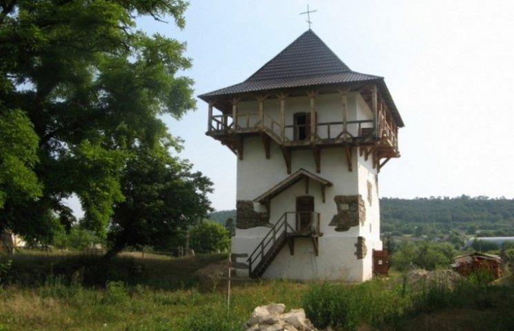 Два вінницьких села в десятці неймовірних сіл України