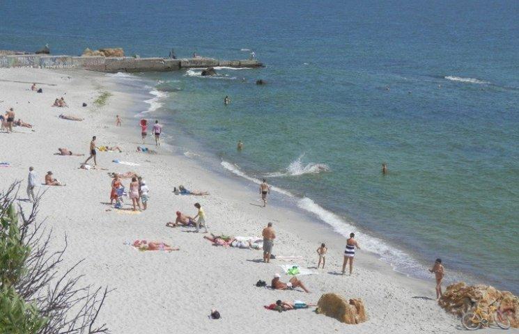 В Одесі з початку травня врятовано 12 людей, які відпочивали на пляжах