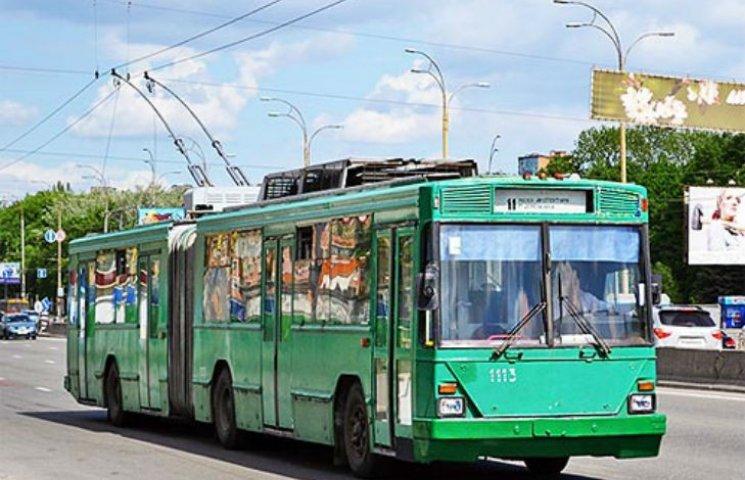 У Харкові обстріляли тролейбус, ніхто не постраждав, - міськрада