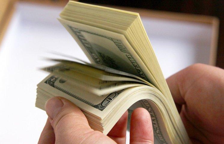 Екс-голова поліції Луганщини каже, що знає, хто в Україні вкрав $16 млн допомоги