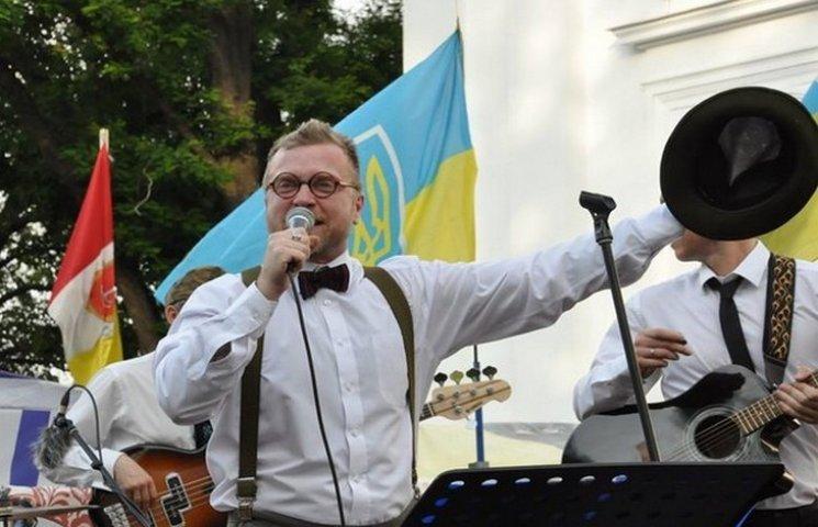 """На """"антитруханівському майдані"""" в Одесі виступив Орест Лютий"""