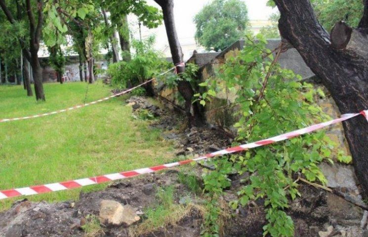Під час ремонту Потьомкінських сходів Одеси оголили цеглини позаминулого століття