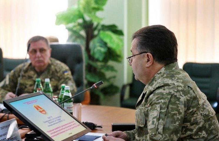 Полторак заявив, що на Ширлані побудують нове військове містечко
