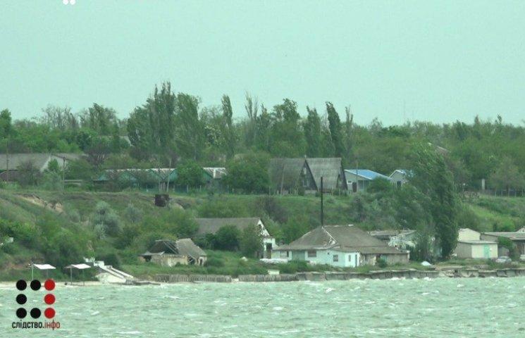 """На Николаевщине вместо """"киборгов"""" землю у моря получили прокуроры и чиновники"""