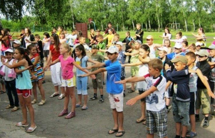 На Вінниччині в 30 пришкільних таборах вчитимуть англійській