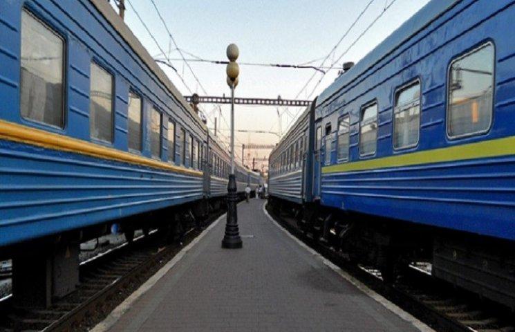 Додаткові потяги будуть до послуг Хмельничан у червні