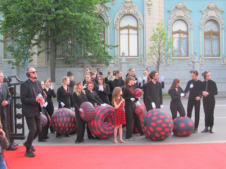 Менеджер открытия «Евровидения-2017» пояснила недопуск Джамалы накрасную дорожку