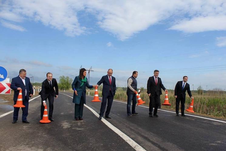 НаОдесчине построили дорогу через Молдову