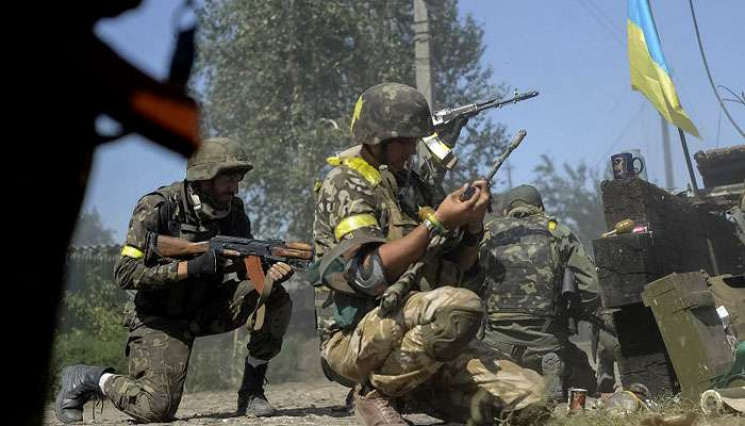 За добу бойовики поранили трьох українсь…