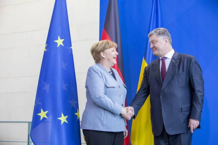 Зустріч без Росії: Про що Порошенко говоритиме з Меркель та Макроном