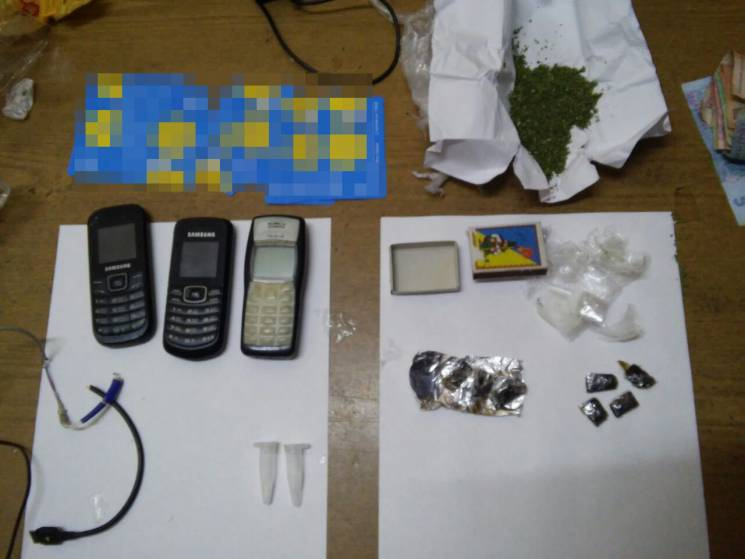 Сумський кінолог вигадав, як передати наркотики до СІЗО (ФОТО)