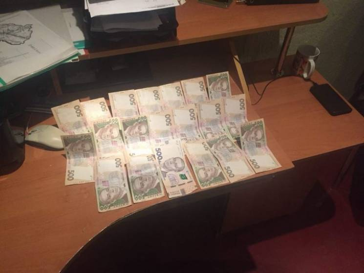 Черкащанина впіймали на хабарі працівнику поліції Полтавщини (ФОТО)