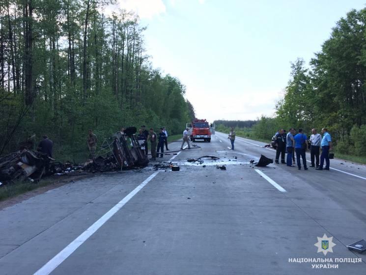На Житомирщині в ДТП загинуло троє людей (ФОТО)