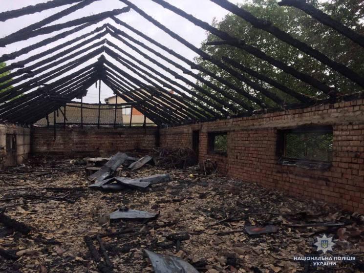 На Буковині згорів ресторан (ФОТО)