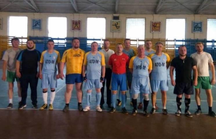 У Мукачеві священики зіграли у футбол з ветеранами АТО (ФОТО)
