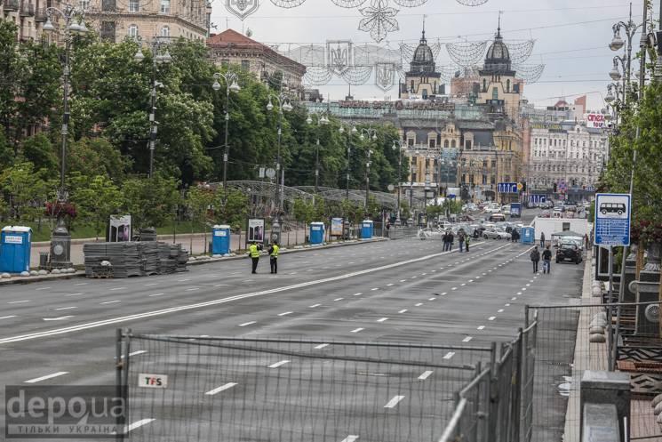 Київ зранку завмер у 7-бальних заторах