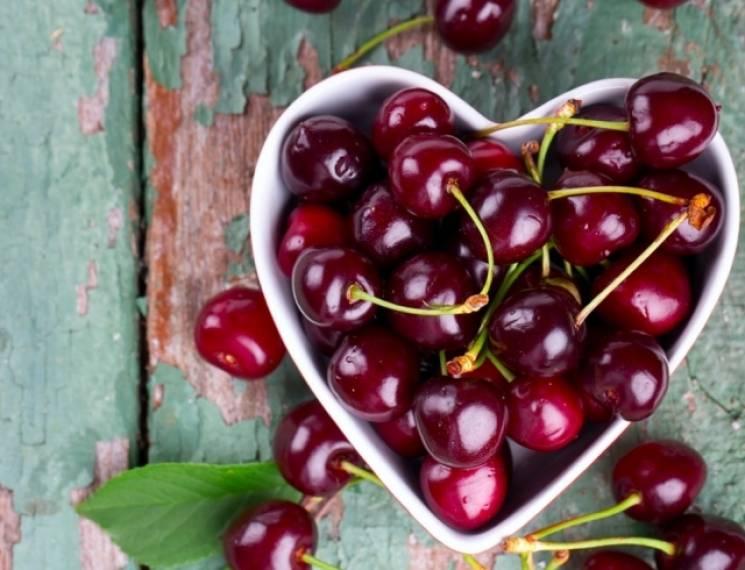 Золоті ягоди: Як торговці накручують ціни на миколаївську черешню