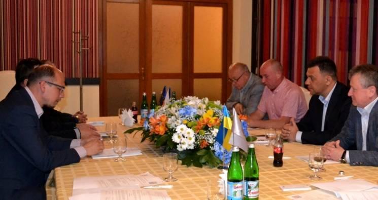 У Тячеві Рівіс і гетьман із Чехії обговорили, як добре дружити (ФОТО)