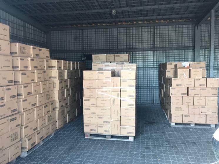 В Одеському порту затримали контрабандні гумові матраци на 7 мільйонів