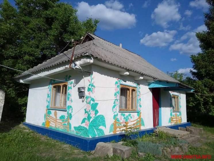На Вінниччині в селі-заповіднику масово купують хати (ФОТО)