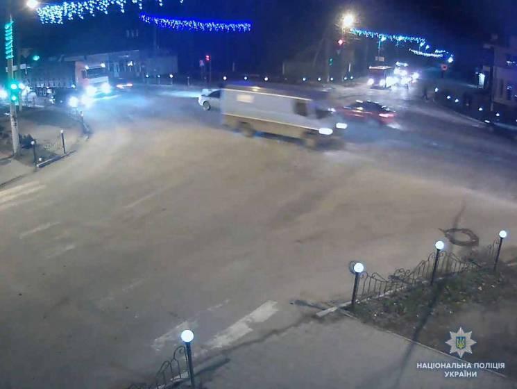 Вінницька поліція шукає водія, який ще взимку на смерть збив жінку