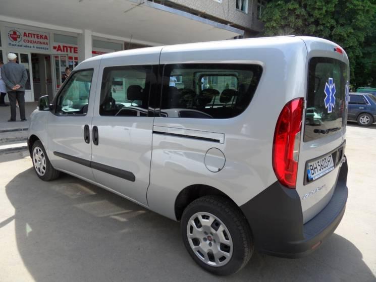 Райлікарня на Одещині отримала новенький FIAT Doblo (ФОТО)